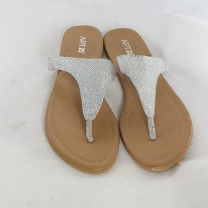 New APT 9 Silver Strap Thong Sandals